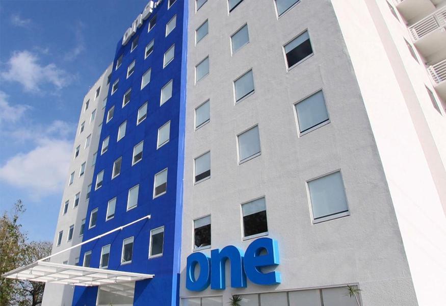 One Silao Hotel